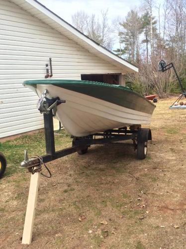 14ft Fibreglass Boat