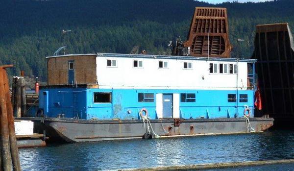 1963 John Manly Built Barge - Paradise Lost
