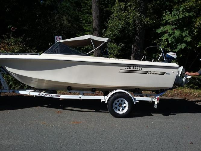 1975 Cal glass 18' Boat/motor/trailer