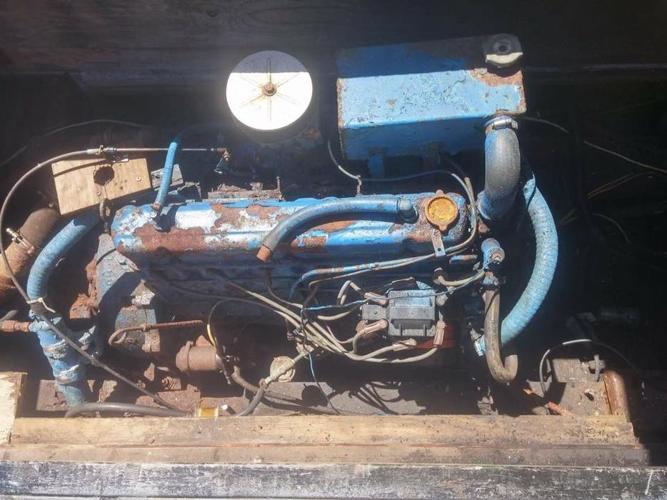 1989 Cape Egmont Pleasure Boat
