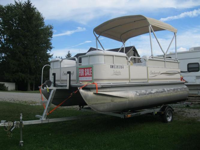 2003 Smokercraft 16' Pontoon Boat w/03 Merc 40hp 4 Stroke  /16 Excalibur Trailer