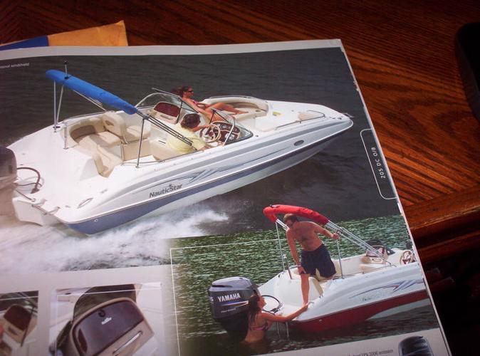 2005 Deckboat/deck boat 20.5 feet 115 Yamaha 4 Stroke
