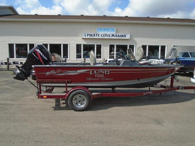 2005 Lund Mr. Pike 17 Limited Edition for Sale