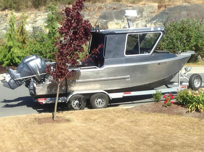 2012 XTO 21.5' custom alluminum boat with cabin