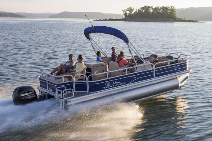 2017 Suntracker Fishin' Barge 22 XP3 w/Mercury 150 ELPT 4-stroke