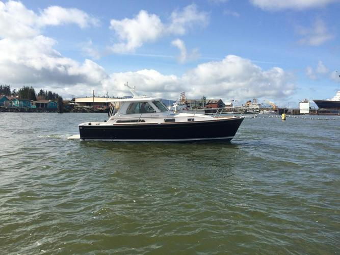 34 Sabre Express Power Boat - Yacht finish - Fast Cruise! DIESEL