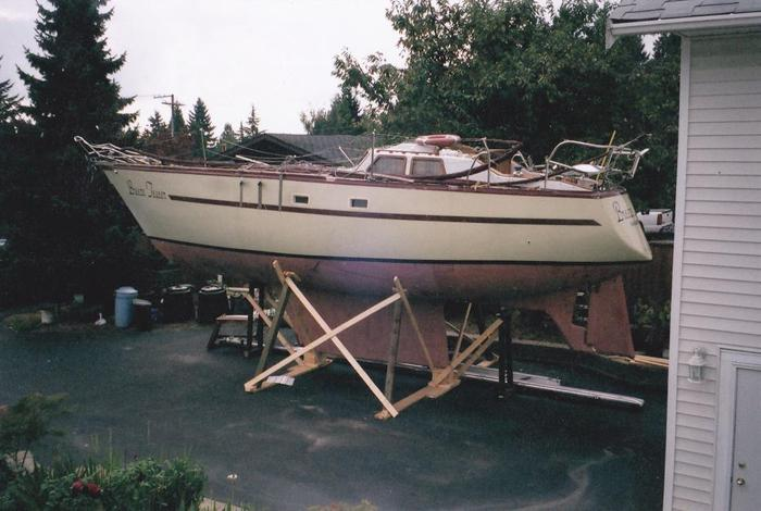 39' Roberts Sailboat Project (with options)