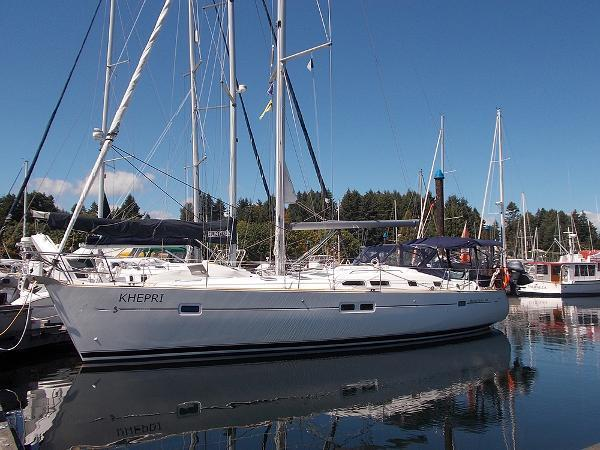43 BENETEAU 423 - ONE METICULOUS OWNER, RARE THREE STATEROOMS