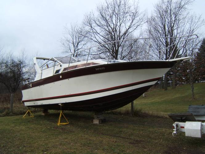 Aluminum aft cabin boat 28 39 for sale in midland ontario for Aluminum boat with cabin for sale