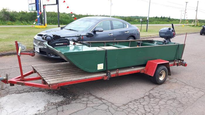 Boat & Trailer & New 6HP Yamaha 4 Stroke