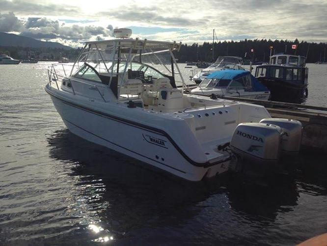 Boston whaler Conquest 28 twin Honda 225