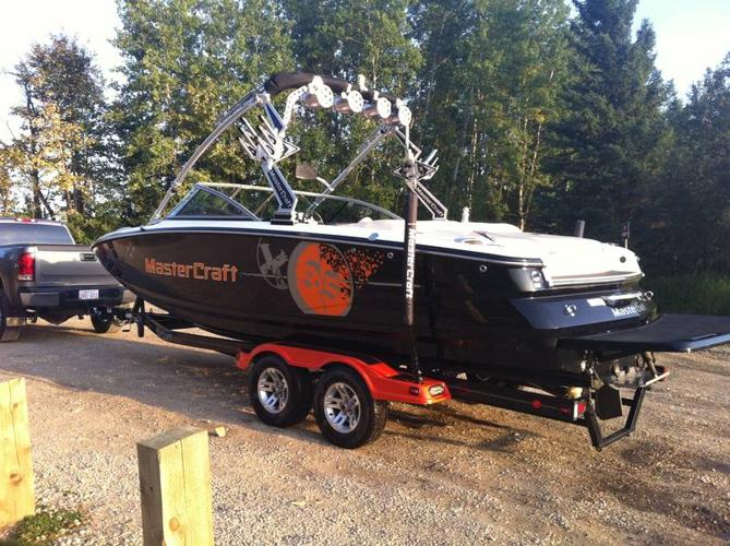 IMACULATE MASTERCRAFT X-35 BEST WAKEBOARD BOAT         for sale in ... afa6404881a7
