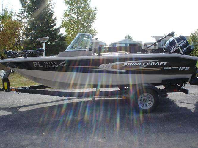 Princecraft boats for sale ontario wooden boat mast for Cheap fishing boats for sale