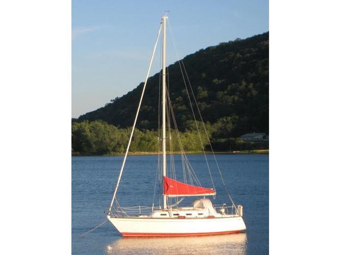 WANTED:  28-32' Sailboat