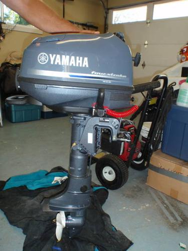Yamaha portable boat motor 6 hp 4 stroke for sale in for Used yamaha 4 stroke outboard motors for sale