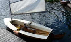 14' Solo sailboat with Trailer