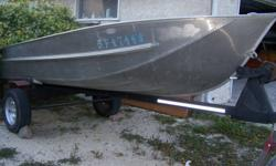 I have a very great condition Alumarine aluminum boat package up for sale. What I mention in this add is what you are getting with it. -14 Foot Deep V aluminum Alumarine heavy gauge light boat.3 benches + hull. -Heavy duty trailer with 13 inch