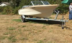 "15ft Hourston Glascraft Runabout with 1990 50hp 2 stroke and gas tank on a Road Runner trailer for sale. Replaced compass, bilge pump & a ""24 series"" deep cycle/rv battery in 2015. Trailer in 2015 had new wiring & LED lights, bearing buddies with new"