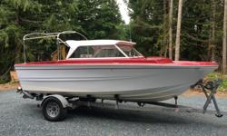 5.7 volvo gsi with duo prop and stainless props. This boat had new transom, stringers and fuel tank installed in 2005. The leg has 400 hours on it (1998 model), engine 100. I bought it in 2010 in not running condition (the engine dropped a valve previous