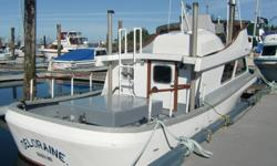 Located in Port Hardy. Bottom has been pressure washed, painted and new zincs. Marine Survey has been completed. Oil and filters have been changed. Moorage and power have been paid at the Quarterdeck Marina in Port Hardy through May 31, 2017. We are