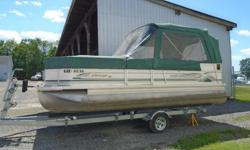This 20' Princecraft Vantage pontoon boat has a brand new Mercury 60hp Command thrust motor powering it. Bench seating for 10+, large table, stereo, and bimini top with ½ camper enclosure & front cover. At this time of the year it will go fast, don't miss