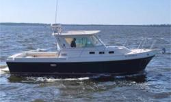 """!Price drop!""""Limelight"""", 2001 Albin 28te Diesel, (Yanmar 300hp, 1900 hours, *engine is not affected by the early recall on the Yanmar 300hp, documentation supplied). This is the same engine that came in Toyota Landcruisers! Bow thruster. Alaskan bulkhead."""