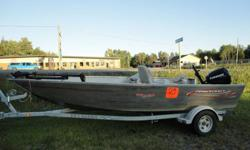 Selling a 2004 Prince Craft Pro Guide 1750, with a 2008 Evinrude E-Tec 60hp. Boat bought new in spring 2006 and motor new in fall of 2009. Motor has about 50hrs and 4 years warranty. Boat comes with a Lowrence X-71 fish finder, 55lb Minn Kota Edge