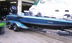This boat is in nice shape, and is loaded up and ready for tourney fishing has a 958 at bow 898 si unit at the dash minn kota talon New aurora cover New HD Bobs machine hydraulic jackplate New smartcraft gauges New trolling motor batteries 2 years ago and