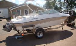 Wow, another high quaility Four Winns Boat at Triton Marine LTD! Powered by the 4.3 V6 Volvo, this boat will get up and go! With only 155 Sparkling Fresh Water hours on this boat coupled with the fact it has the fiberglass floors with snap in carpet, this