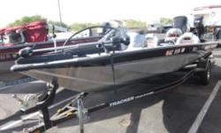 - Pro-Team 190TX - 19' - Mercury 90HP 3cyc DFI - Inboard/Outboard - 5 passenger front and rear pedestal seats - trolling motor - fishfinder - Very nice condition Call or email Rick for more details