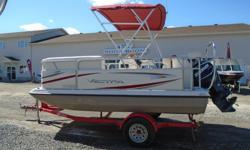 2009 Vectra 1580 CRS Deck Boat If you've been considering a pontoon ? but don't want to sacrifice power this Vectra fiberglass space deck is what you need. There is a lot of room and plenty of power with the 115 Evinrude ETEC. Here you'll find a padded