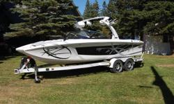 DEMO 33 HRS 2011 TIGE ZR2 LOADED BEAUITFUL BOAT MINT CONDITION