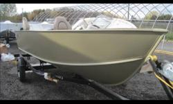 Lund's newest model, the Fury, has the tenacity of its big brothers with the added features that allow for maximum fishability at a very affordable price. -Dual side stepped rod storage (up to 12 rods) -Aerated 10 gallon livewell -Large bow casting deck