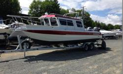 BOAT: 2014 KINGFISHER 2725 WEEKENDER GLACIER WHITE AND CANDY RED TWO TONE MOTOR: 2014 YAMAHA F150XA - STAINLESS PROP (140 HOURS) 2014 YAMAHA LF150XA - STAINLESS PROP (140 HOURS) KICKER: 2014 YAMAHA T9.9XPB TRAILER: EZ LOADER 7500 ROLLER BUNK SPARE TIRE