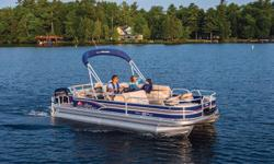 Go big with the FISHIN' BARGE 22 DLX! It's loaded with fishing features and comfortably designed to please everyone in the family. With amenities include a lounge table with drink holders, a padded aft sundeck w/pop-up changing room, padded aft lounge