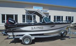 2018 Lund 1875 Crossover XS - LF726 Price includes all standard features plus: Evinrude E150DGX ETEC w/ Stainless Prop Hydraulic Tilt Steering Port & Starboard Pilot's Chairs Ski Pole, Bow Cushions 4 Speaker Stereo, Bow Deck Extension Complete Sport Top