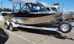 "2018 Northwest Boats 208 Seastar Outboard THE FULLY EQUIPPED SEASTAR WON'T TAKE NO FOR AN ANSWER. SHOULD YOU? As with other Northwest Boats, the 208 Seastar Outboard gives you more, feature for feature. From the Seastar's spacious 78"" bottom width, 34"""