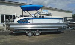 Just about when you think life is about trade-offs, along comes the Manitou X-Plode, making mid-level luxury attainable. Loaded with great features and options, it also delivers amazing performance. So, you can have your pontoon boat cake and eat it,