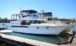 This very rare and well maintained 1995 44' Ocean Alexander CPMY is turn key and ready for her new owner. Ocean Alexander takes pride in creating a very well though-out and designed yacht. These boats are known for their high quality from stem to stern,