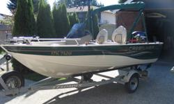2003 Crestliner Welded Aluminum 1400 Angler boat for sale with 7 foot beam, 2004 50 Fourstroke Mercury. The boat has a full bimini that can be closed in, dual battey , live well, Garmin Fishfinder, full insturment panel,4 speaker Kenwood Stereo and more.