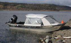 Open Hull design, all aluminum extra heavy duty welded boat, 115 hp oil injected Evinrude outboard 1994 with less than 100 hrs. Kicker engine does not come with the boat. Boat comes with center console, all seats, covers, trailer made by alumaweld, spoare