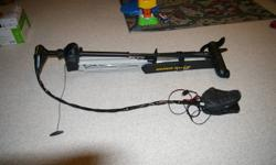 "Used one season is a Minn Kota Fortrex 101 62"" shaft w/us sonar. I will also include a quick relase mount for it as well. New this combo would cost you $1,646.00 Asking $1200.00 obo"