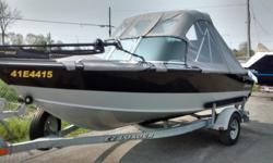 Grey Hull with Grey Full Camper in Great Condition 2004 Shorland'r B18 Single Axel Trailer Mooring cover Full enclosure for Bimini Cockpit cover with toneau cover AmFM stereo Four captain chairs Pro pole Aerated live well Three death finder GPS units one