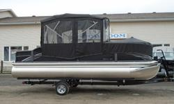 Premier 2016 220 Gemini Sport Tube PP1147 All standard features PLUS: Evinrude 115 ETEC Sport Tube Performance Package Full Vinyl Flooring, Black Hammered Rails Upgraded 11' Bimini top w/ Day Enclosure & Bow Cover Mid Ship Tie Off Eyes Change Room, Fish