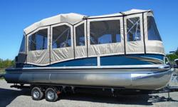 "Price includes: All standard features PLUS: Yamaha F150LA EFI 4 stroke (new 2015) 30"" PTX performance package Double bimini with full enclosure Full Sea Grass flooring Vantage Tube Protection Ricochet Ladder Length: 25'5"" Width: 8'6"" Fuel capacity: 30"