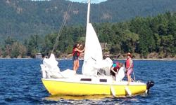 SAN JUAN 21 SAILBOAT Hull Number 808 - Mostly used as a daysailer - Very good condition SAILS - New in 2015 (UK Sails) - 150% Genoa/100% Jib/Main Sail Older Sails - Cruising Main Sail/Genoa/Jib Also has Spinnaker with Spinnaker Pole and Whisker Pole