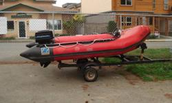 Zodiac Mark 11 (4 meters) motor Mercury 25 Hp with trailer in good shape see pictures Jack